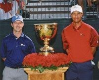 Mike Weir defeats Tiger Woods at Presidents Cup