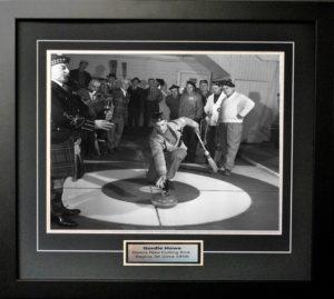 Gordie Howe 1 - Curling (1959) copy