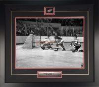 Gordie-Howe-vs-the-Bruins-circa-1962