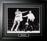 Muhammad Ali - Shocks the World