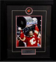 Lanny McDonald - Raising the Cup